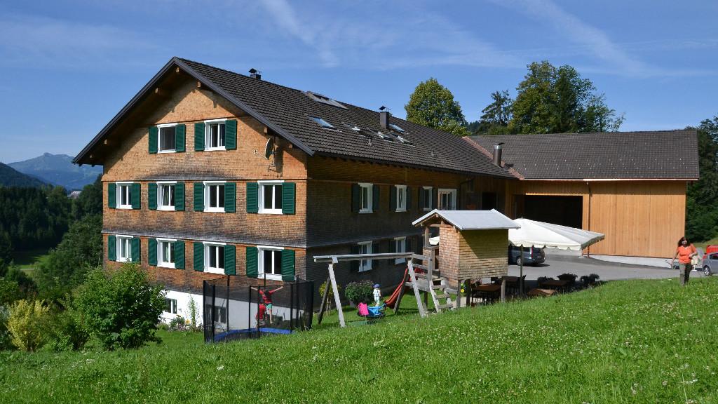 Ferienhof Dürlinde mit Spielplatz